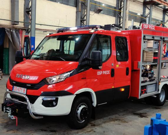 lekkie samochody pożarnicze